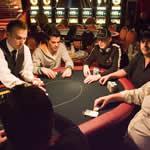 jugando poker