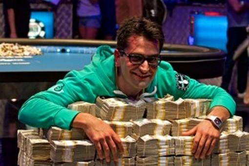 AAAntonio-Esfandiari-wins-jackpot