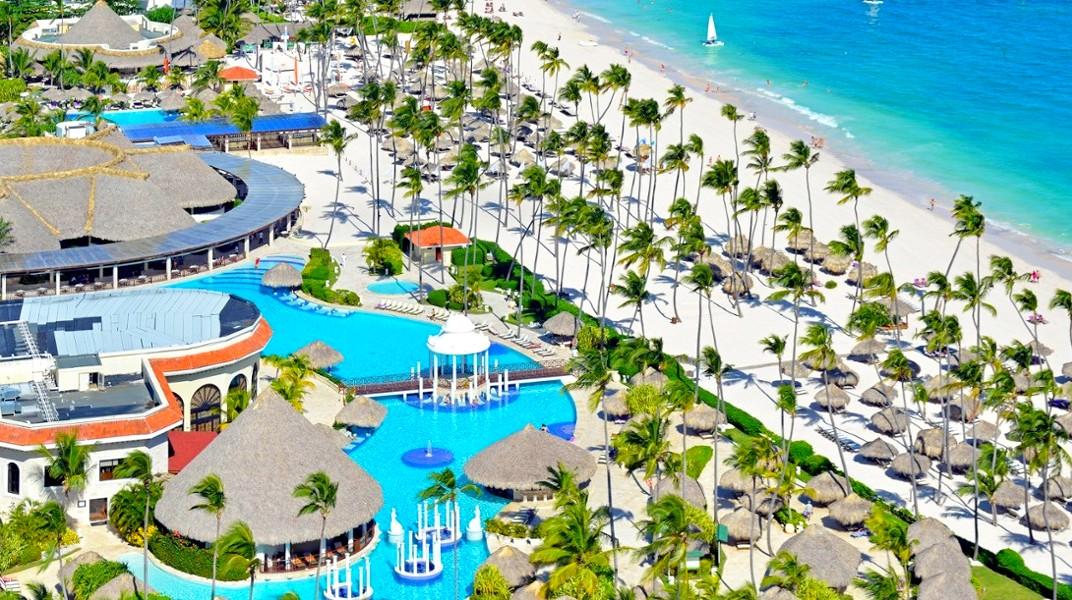 Hotel Meliá cuenta con 12 hoteles en Primera Línea frente a una de las playas más hermosas del mundo.